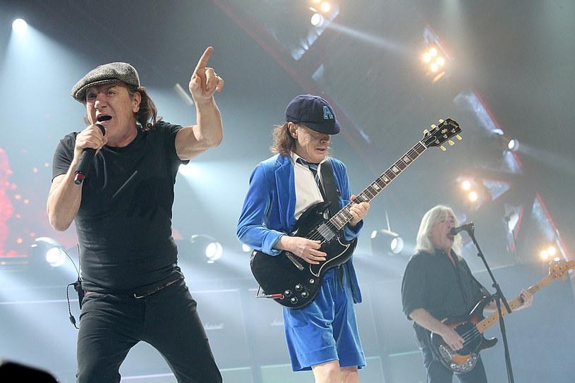 """Do sieci trafił animowany klip do singla """"Demon Fire"""" hardrockowej legendy AC/DC."""