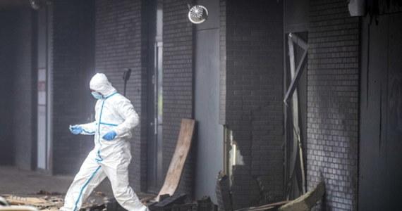 Trwa śledztwo w sprawie wczorajszych eksplozji w polskim sklepie w Beverwijk pod Amsterdamem. Częścią dochodzenia jest ewentualny związek tego wypadku z wtorkowymi eksplozjami w dwóch innych polskich sklepach w Holandii.