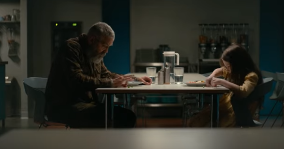 """Dziś do części kin wchodzi nowy film w reżyserii Georga Clooneya """"Niebo o północy"""". Aktor gra też w nim jedną z głównych ról. A w sieci pokazał się najnowszy zwiastun tej produkcji."""