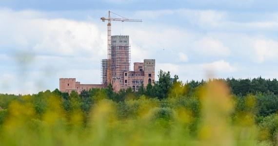 Prokurator Okręgowy w Poznaniu złożył odwołanie od decyzji wojewody wielkopolskiego odmawiającej stwierdzenia nieważności decyzji zatwierdzającej projekt budowlany i udzielającej pozwolenia na budowę tzw. zamku w Stobnicy – podał w poniedziałek rzecznik prokuratury.