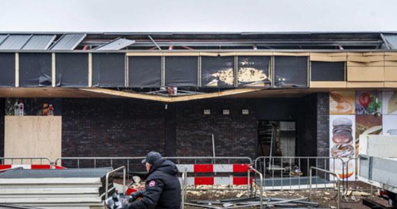 """""""Nie potrafimy jeszcze powiedzieć, kto dokonuje ataków na polskie sklepy w Holandii i czy to są ataki wymierzone w Polaków"""" – powiedział dziennikarce RMF FM Katarzynie Szymańskiej- Borginon, rzecznik policji Erwin Sintenie. Podkreślił, że trwa dochodzenie w tej sprawie. W ostatnim czasie doszło do wybuchów w czterech sklepach sprzedających polskie towary."""