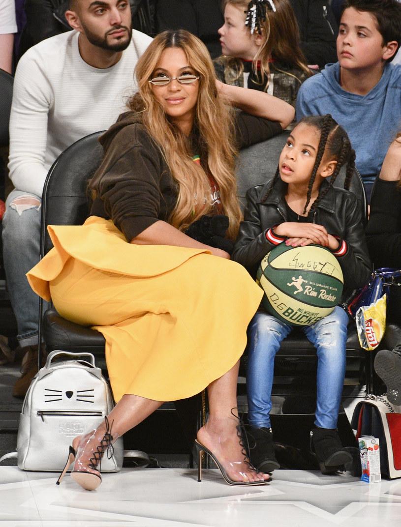 """Blue Ivy Carter, 8-letnia córka Beyonce i Jaya-Z będzie walczyć o statuetkę Grammy w kategorii Najlepszy teledysk. Dziewczynka wystąpiła w klipie do piosenki """"Brown skin girl"""" z repertuaru swojej matki."""