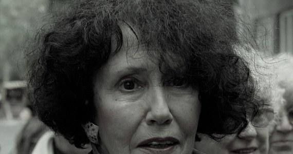 """W wieku 82 lat zmarła aktorka Hanna Stankówna. Widzowie zapamiętali ją m.in. z """"Seksmisji"""", """"07 zgłoś się"""" i """"Na Wspólnej"""", a także wielu ról na scenie stołecznego Teatru Polskiego."""