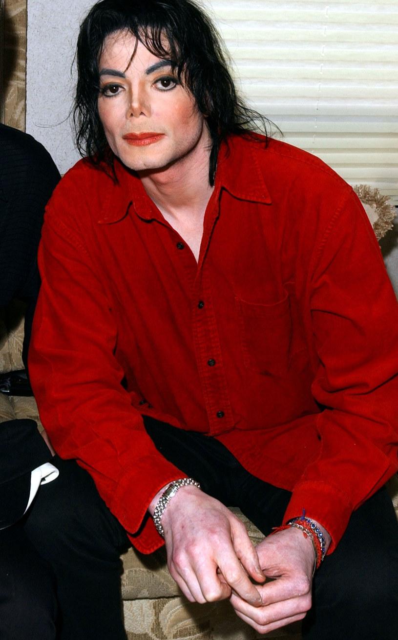 """Najbliżsi Michaela Jacksona nie ustają w walce o jego dobre imię. W sądzie apelacyjnym wygrali kolejną batalię z telewizją HBO. Sprawa dotyczy kontrowersyjnego dokumentu """"Leaving Neverland""""."""