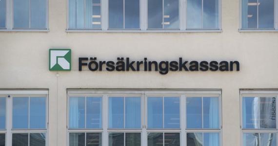 Urzędnicy Kasy Ubezpieczenia Społecznego w Gaevle na północy Szwecji, obstawiali dobową liczbę zgonów na Covid-19. Osoba, która była najbliżej dostawała pieniądze od innych uczestników zakładów.