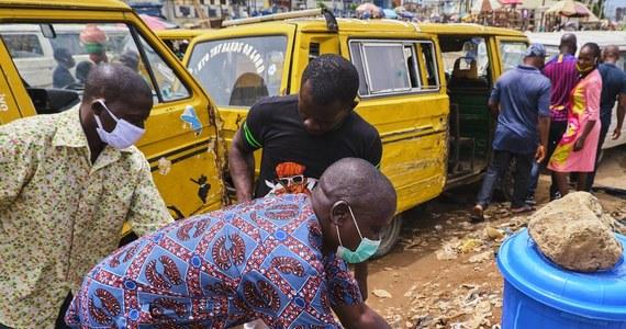 W Nigerii wykryto nowy wariant koronawirusa. Zdaniem Afrykańskiego Centrum Kontroli i Zapobiegania Chorobom mutacja różni się od tej, która pojawiła się w Wielkiej Brytanii i Afryce Południowej.