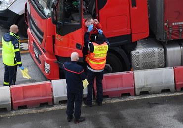 """""""Po dotarciu na miejsce zastaliśmy totalny chaos"""". Lekarz o akcji testowania kierowców w Dover"""