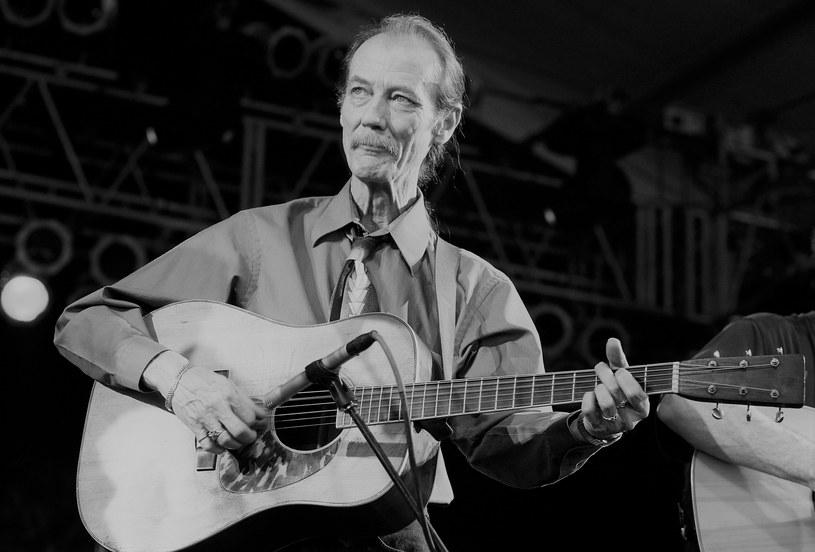 Tony Rice, gitarzysta, legenda muzyki bluegrass, zmarł 25 grudnia, w dzień Bożego Narodzenia.