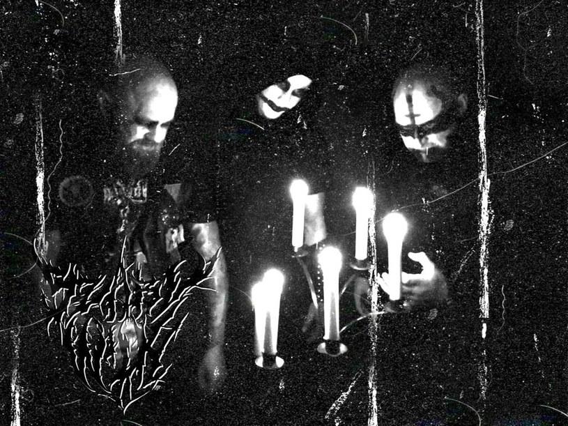 Blackmetalowcy z grupy Szary Wilk przygotowali pierwszą płytę.