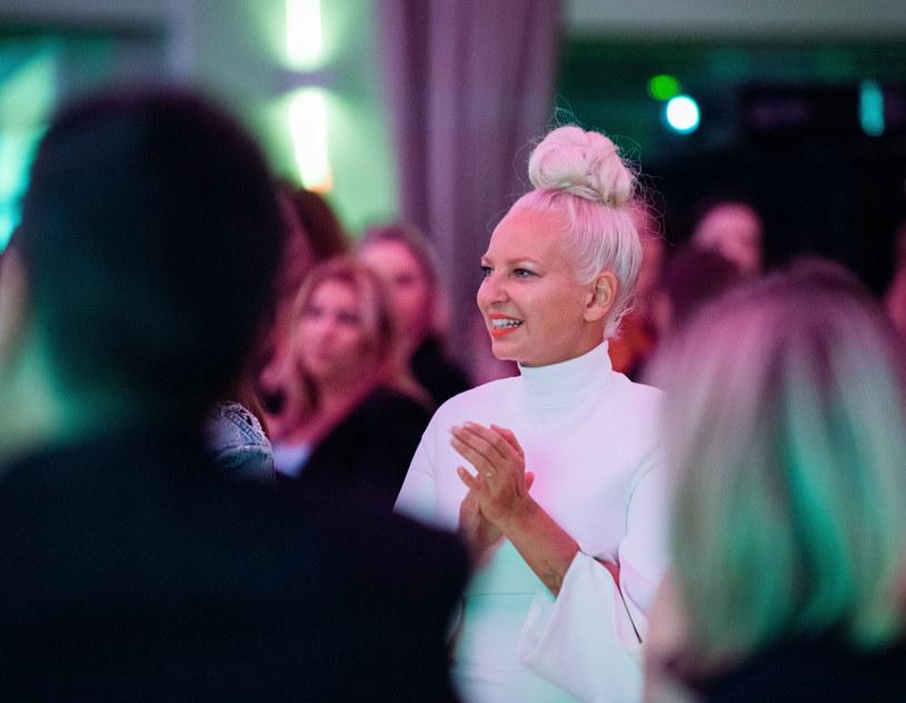 """Sia zdecydowała się po raz kolejny skomentować sytuację związaną z castingiem do filmu """"Music"""". Wokalistka wprost nazwała jedną ze swoich decyzji nepotyzmem."""