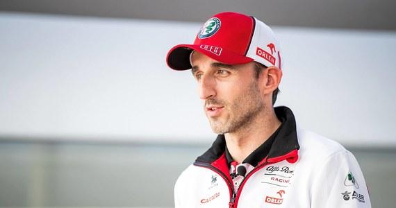 Robert Kubica wystartuje w 24-godzinnym wyścigu Daytona, który odbędzie się 30-31 stycznia w Daytona Beach na Florydzie. O swoich zamiarach 36-letni kierowca poinformował na Instagramie. Polak zasiądzie w aucie duńskiego zespołu High Class Racing.