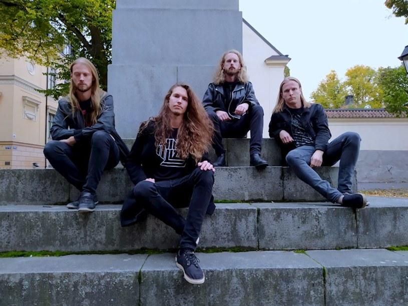 Pod koniec lutego fani progresywnego thrashu będą mogli zaopatrzyć się w pierwszą płytę szwedzkiej formacji Paranorm.