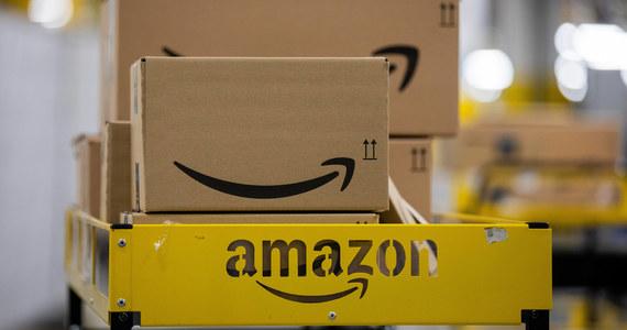 Firma Amazon poinformowała, że jej komitet akcji politycznej (PAC) zawiesi dotacje dla parlamentarzystów, którzy zagłosowali przeciwko zatwierdzeniu przez Kongres prezydenta elekta Joe Bidena. Inne firmy mają ukarać wszystkich waszyngtońskich ustawodawców.