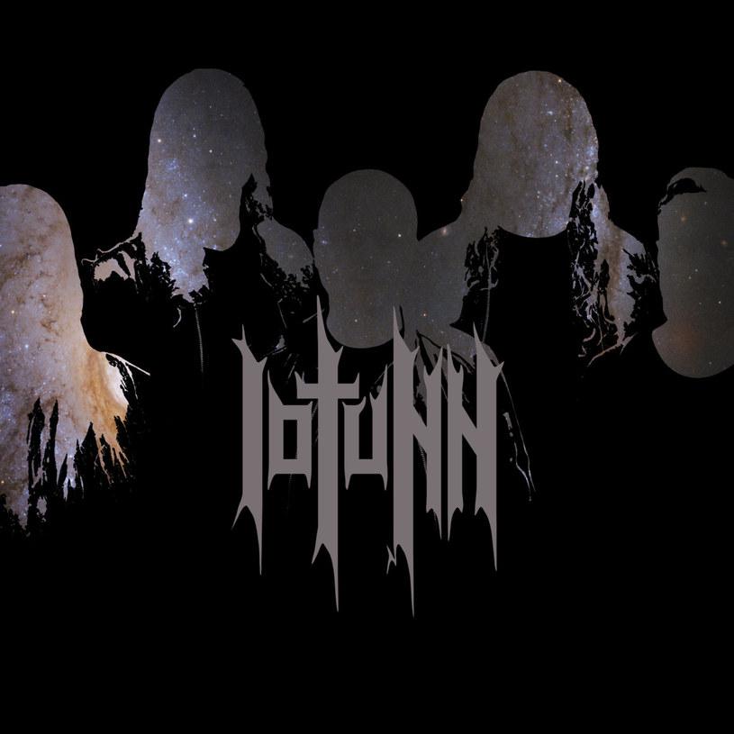 Duńczycy z progmetalowego Iotunn zadebiutują niebawem w barwach Metal Blade Records.