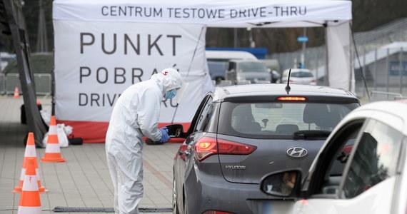 W ciągu ostatniej doby wykryto w Polsce 9053 nowe przypadki zakażenia koronawirusem. Zmarło 481 osób.