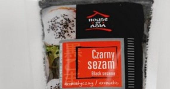 Ze względu na wykrycie tlenku etylenu w niektórych partiach sezamu czarnego i zestawów do sushi zawierających sezam, Główny Inspektor Sanitarny podjął decyzję o wycofaniu ich z obrotu. Chodzi o produkty firmy De Care Group.