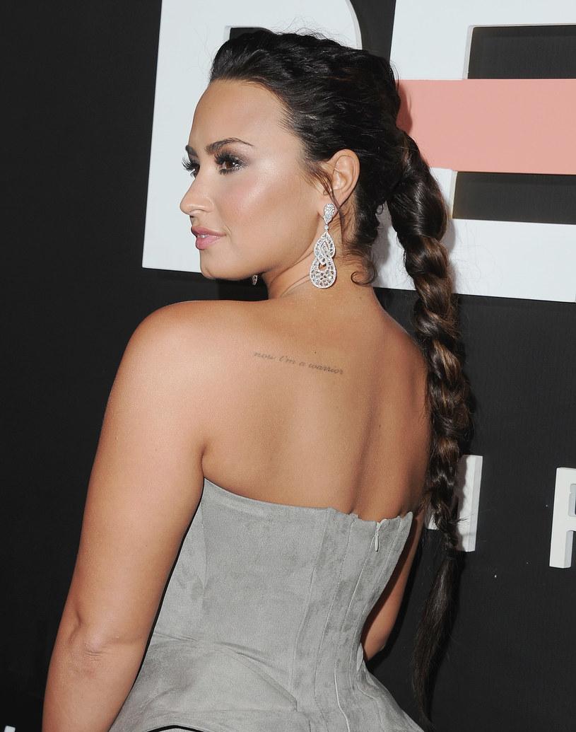 Demi Lovato ujawniła szczegóły nowego serialu dokumentalnego, który opowie tragiczną historię jej przedawkowania z 2018 roku. Produkcja ukaże się na Youtube.