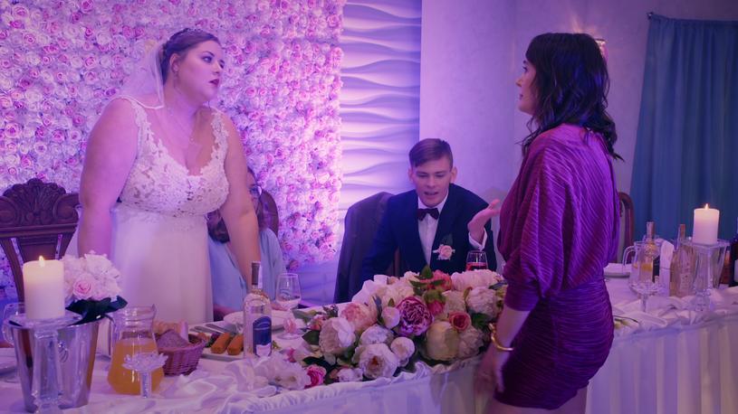 """""""Jutro składam papiery rozwodowe!"""" - taką deklarację na swoim weselu złożył jeden z bohaterów serialu """"Wesele z piekła rodem"""" pokazywanego przez Polo TV."""