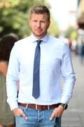 Filip Chajzer żartuje z mody na morsowanie