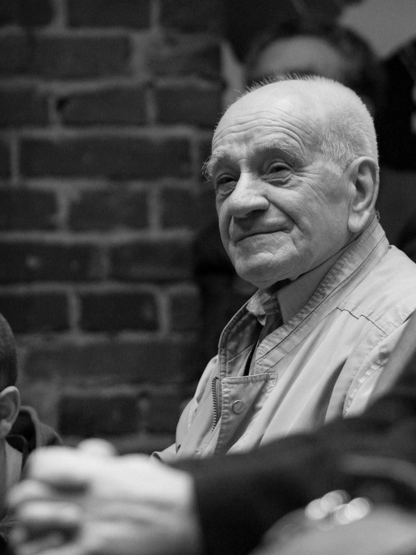 Nie żyje Stanisław Śliskowski - operator filmowy znany ze zdjęć do ponad stu filmów, przede wszystkim dokumentalnych, wykładowca łódzkiej szkoły filmowej - poinformowano na profilu społecznościowym portalu Filmpolski.pl.