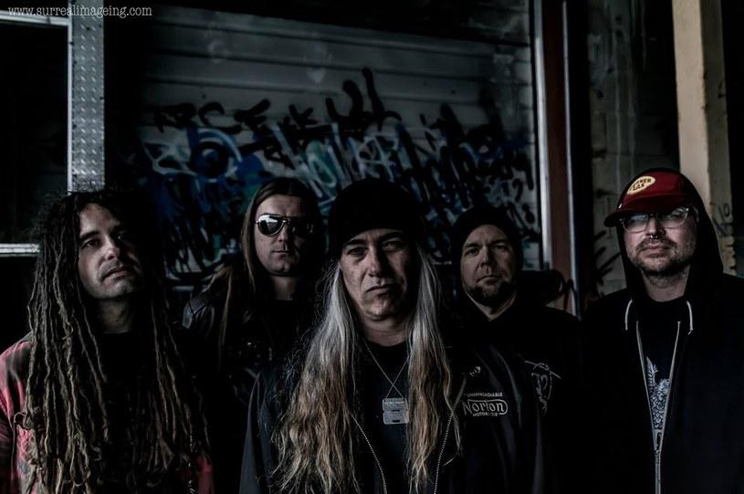 W marcu w ręce miłośników posępnych dźwięków z pogranicza doom, stoner i sludge metalu trafi trzeci album kanadyjskiej grupy Olde.