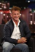 Sean Penn zaszczepił się przeciwko COVID-19