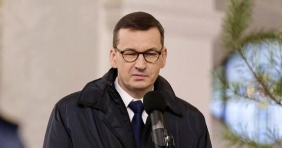 33 proc. Polaków popiera rząd, 40 proc. deklaruje się jako przeciwnicy gabinetu Mateusza Morawieckiego, a 22 proc. jest wobec tego rządu obojętna - wynika ze styczniowego sondażu CBOS. 39 proc. jest zadowolonych, że na czele rządu stoi Mateusz Morawiecki, 47 proc. odnosi się do tego z dezaprobatą.