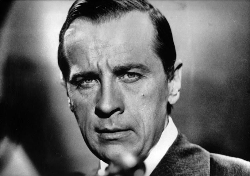 """30 stycznia mija 20 lat od śmierci Edmunda Fettinga. Był nie tylko wspaniałym aktorem, lecz również wykonawcą niezapomnianych filmowych ballad - """"Nim wstanie dzień"""" i """"Deszcze niespokojne""""."""