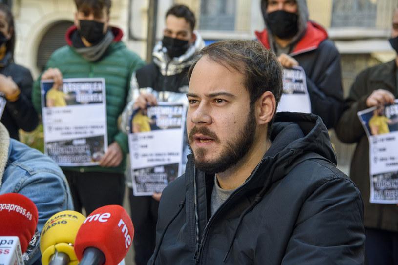Pochodzący z Katalonii raper Pablo Hasel, który w 2018 r. został skazany za użycie obraźliwych słów wobec króla Hiszpanii, musi udać się do więzienia - ogłosił podczas poniedziałkowej konferencji prasowej w Lleidy muzyk.