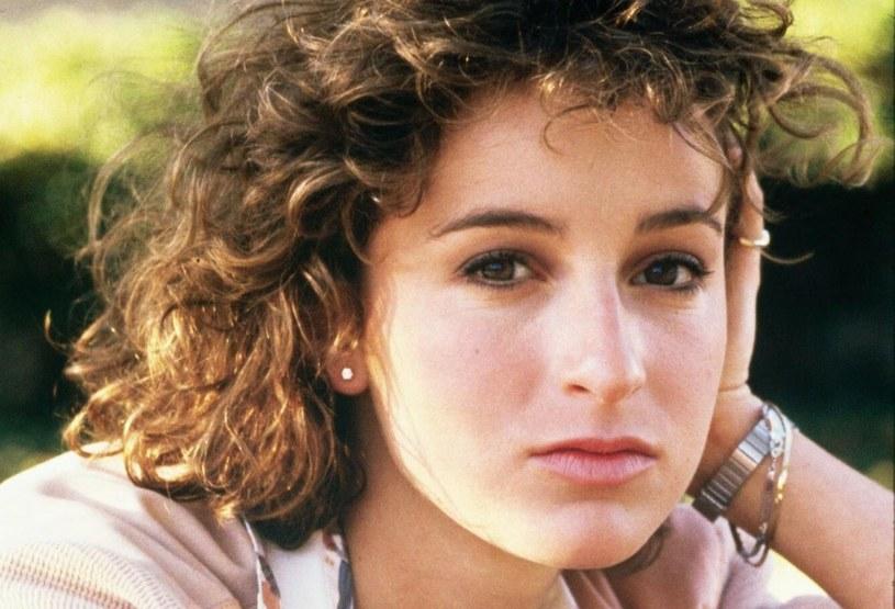 """Niezapomniana Frances z kultowego filmu """"Dirty Dancing"""" w Dniu Ojca, który Amerykanie obchodzą 20 czerwca, przypomniała, że jej tato jest wyjątkowym artystą. To jemu aktorka zawdzięcza pasję i odwagę do realizowania własnych marzeń."""