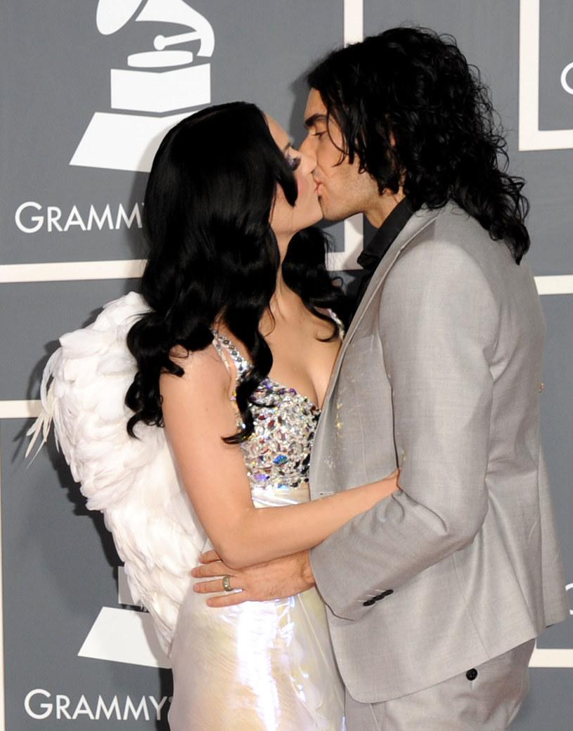 Russell Brand ponownie zabrał głos na temat jego krótkiego i burzliwego małżeństwa z Katy Perry. Brytyjski komik przyznał, że próbował ratować związek, ale spełzło to na niczym.