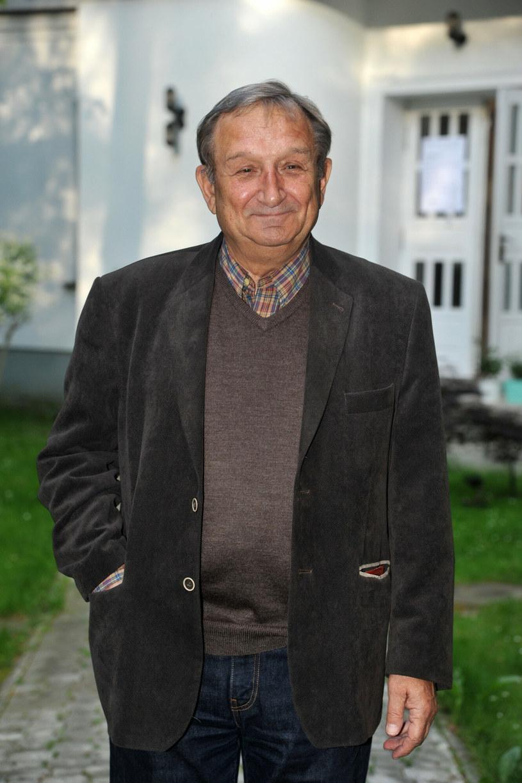 Jest Pan cenionym i lubianym aktorem, którego wielki talent dopełnia oddanie pracy, emanująca życzliwość oraz pogoda ducha - napisał wicepremier, minister kultury, dziedzictwa narodowego i sportu Piotr Gliński z okazji 80. urodzin aktora Kazimierza Kaczora.