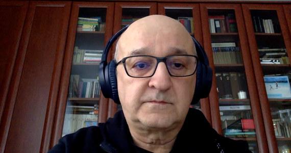 """""""To będzie zachwianie równowagi rynku mediów. Wprowadzanie nowych rozwiązań  i opodatkowanie reklam w mediach, które tylko z reklam się utrzymują nie ma żadnego uzasadnienia"""" - tak pomysł Ministerstwa Finansów, które chce nałożyć na wolne media - nowy podatek - komentuje  medioznawca prof. Tadeusz Kowalski z UW."""