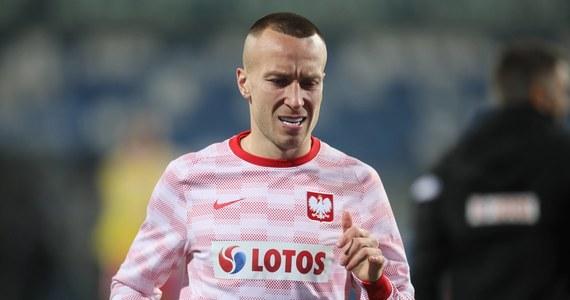 Piłkarz reprezentacji Polski Jacek Góralski  zerwał więzadło krzyżowe przednie. Jak informuje Polski Związek Piłki Nożnej, czeka go wielomiesięczna przerwa w grze. Już wiadomo, że nie będzie mógł zagrać na mistrzostwach Europy.