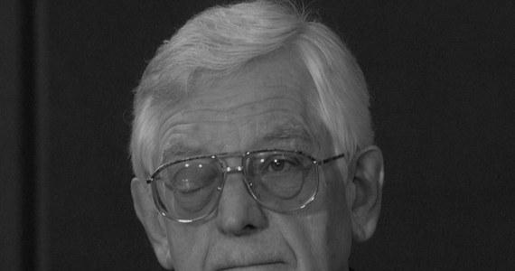 Zmarł Zdzisław Najder - historyk literatury, znawca twórczości Josepha Conrada, w latach 1982-87 dyrektor Rozgłośni Polskiej Radia Wolna Europa. Miał 90 lat.