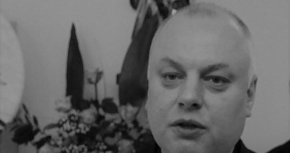 Nie żyje ks. Andrzej Dymer, były dyrektor Instytutu Medycznego im. Jana Pawła II w Szczecinie - przekazała PAP Kuria Metropolitalna Szczecińsko-Kamieńska. Wczoraj w TVN 24 wyemitowano reportaż o ks. Dymerze. Wynikało z niego, że wykorzystywał seksualnie osoby nieletnie, a szczecińscy biskupi wiedzieli o tym od 1995 r.