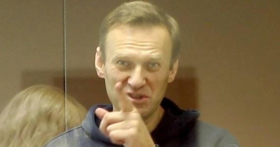 Europejski Trybunał Praw Człowieka zażądał uwolnienia aresztowanego rosyjskiego opozycjonisty Aleksieja Nawalnego - poinformowali jego współpracownicy. Postanowienie Trybunału, które otrzymali adwokaci Nawalnego opublikowano w środę na stronie internetowej opozycjonisty.