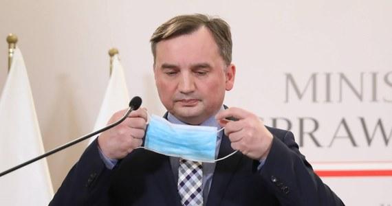 Apele o wspólnego kandydata na prezydenta Rzeszowa zdaje się, że nie przekonały kolegów z PiS, ale jeszcze jest czas; mam nadzieję, że przyjdzie refleksja - podkreślił w piątek minister sprawiedliwości, lider Solidarnej Polski Zbigniew Ziobro.