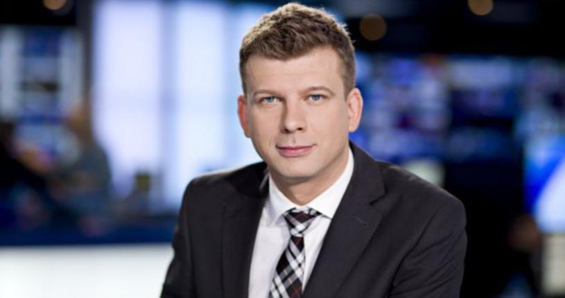 """Z TVN 24 odchodzi wieloletni prowadzący programy informacyjne Igor Sokołowski. """"To już nie jest moje miejsce"""" - napisał dziennikarz w pożegnalnym e-mailu do kolegów z redakcji. To już kolejny dziennikarz, który w ostatnim czasie żegna się z TVN24."""