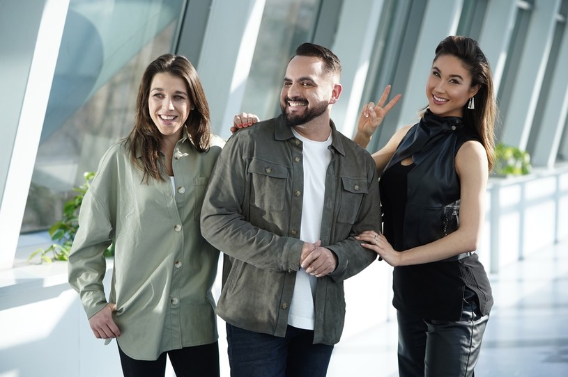 """Obecność Agustina Egurroli w jury programu """"Dance Dance Dance"""" wywołała lawinę komentarzy. Najpierw decyzję choreografa o dołączeniu do obsady show TVP skrytykowali jego koledzy z """"You Can Dance"""". Teraz wiadomo, że z obecności jurora w programie Telewizji Publicznej niezadowolona jest także stacja TVN."""