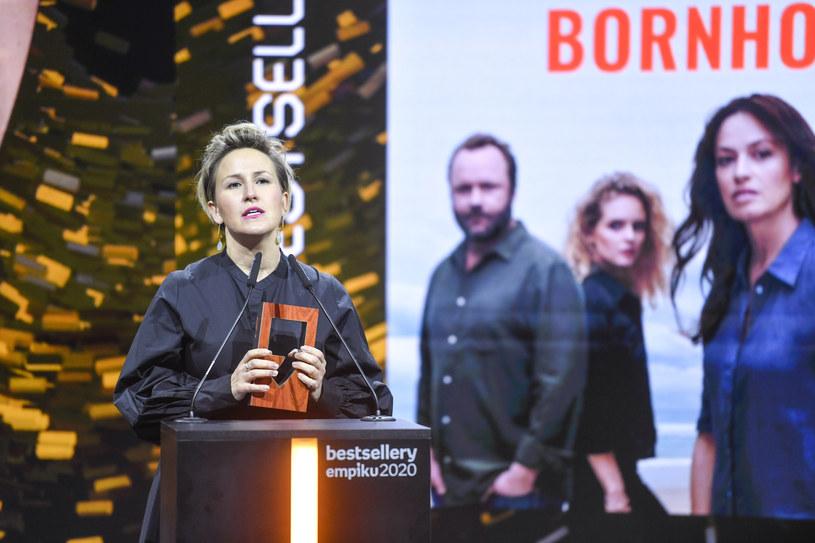 """Powstanie film opowiadający historię zawartą w audiobooku """"Fucking Bornholm"""" - mówi PAP reżyserka i scenarzystka Anna Kazejak. Fakt, że słuchowisko zostało dobrze przyjęte przez słuchaczy, zachęca do dalszej pracy nad tym tematem - dodaje, opowiadając o drodze od audiobooka do filmu."""