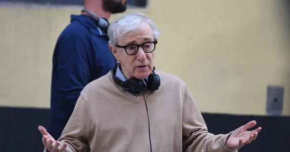 """Choć sprawa jest znana od lat, serial dokumentalny HBO poświęcony sprawie molestowania Dylan Farrow, na nowo rozgrzał emocje wokół Woody'ego Allena. Reżyser nie przyznaje się do wykorzystywania swojej adoptowanej córki, a twórców serialu oskarża o to, że """"nie są zainteresowani prawdą""""."""