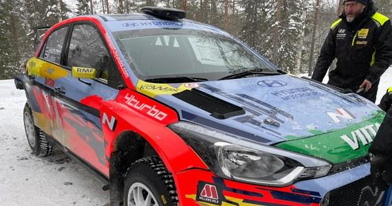 W piątek w okolicach Rovaniemi w Finlandii rozpocznie się druga runda Rajdowych Samochodowych Mistrzostw Polski. Pierwszą rundę WRC wygrał Francuz Sebastien Ogier. W Finlandii wystartuje również jeżdżący w barwach RMF FM, mistrz polski Jari Huttunen, który w tym roku będzie rywalizować w klasie WRC2. Mistrz świata WRC3 z ubiegłego roku mają już za sobą testy przed Arctic Rally.
