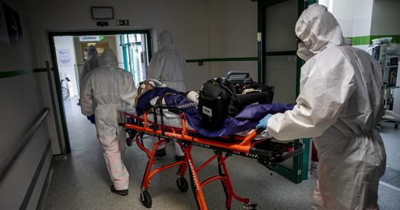 Rząd Czech negocjuje z Polską i Niemcami bezpłatną pomoc dla swoich pacjentów z Covid-19. O prowadzonych rozmowach poinformował minister zdrowia Jana Blatny.