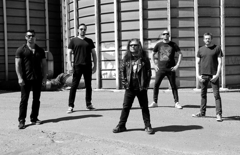Deathmetalowy kwintet Deathswarm ze Szwecji zarejestrował drugą płytę.