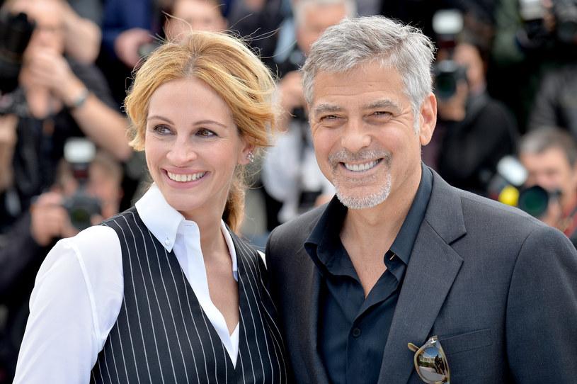 """Choć George Clooney i Julia Roberts mają w swojej filmografii udział w kilku komediach romantycznych, to nigdy jeszcze nie zagrali w takim filmie razem. Teraz się to zmieni. Wszystko za sprawą obrazu """"Ticket to Paradise"""", którego będą również producentami."""