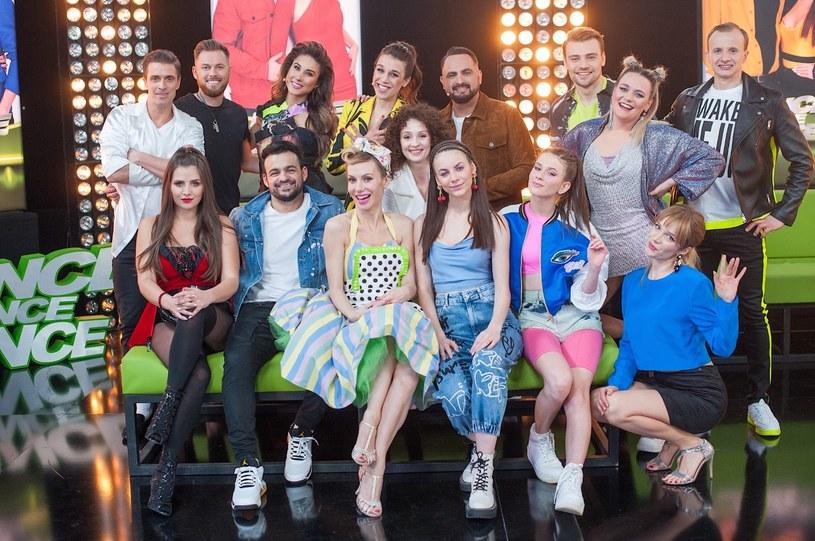 """Zaplanowana na najbliższy piątek premiera trzeciej edycji tanecznego talent show została przesunięta. Program """"Dance Dance Dance"""" pojawi się w wiosennej ramówce Telewizji Polskiej jeszcze w marcu 2021 roku."""