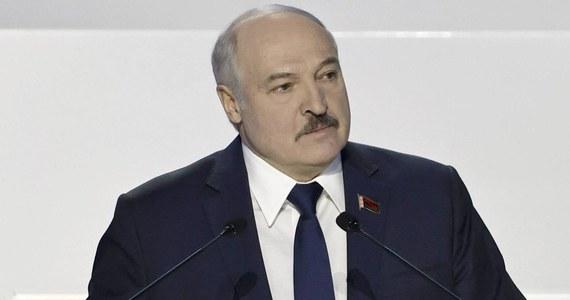 Białoruś planuje wprowadzenie nowego państwowego święta. Władza na stronie internetowej dała obywatelom do wyboru dwie daty: 17 września oraz 14 listopada. Obie wiążą się z atakiem Związku Radzieckiego na Polskę w 1939 roku.