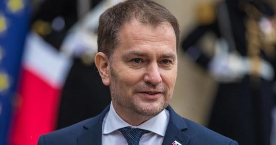 Premier Słowacji Igor Matovicz w radiowym wywiadzie został zapytany o to, co obiecał Rosji za dostawę szczepionki Sputnik V przeciwko koronawirusowi. Szef rządu zażartował sobie, że zapłatą było Zakarpacie - dziś teren Ukrainy. Dyplomacja naszego wschodniego sąsiada wyraziła oburzenie.