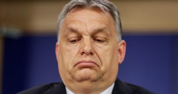 Węgry czeka obecnie najtrudniejszy okres w walce z epidemią koronawirusa i dlatego konieczne było zaostrzenie restrykcji, ale od Wielkanocy powinny one już być znoszone - powiedział premier Węgier Viktor Orban w Radiu Kossuth.